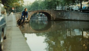 Screencap of Fall 2 by Bas Jan Ader, featured in the Hamburger Kunsthalle